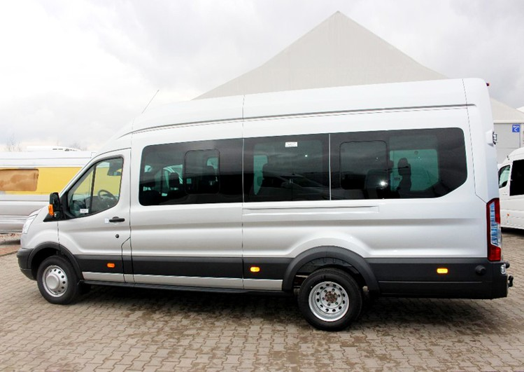 Ford tranzit 1 1  8rental fleet