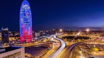 Minibus hire in Barcelona with driver photo city 5