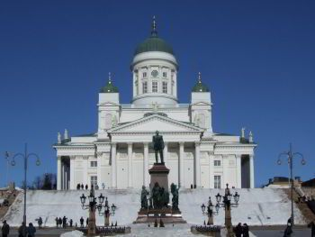 Minibus hire in Helsinki with chauffeur photo city 75