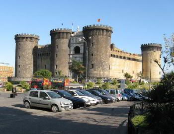 Minibus hire in Naples with driver photo city 4