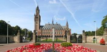 minibus rental in Hague with chauffeur photo city 45