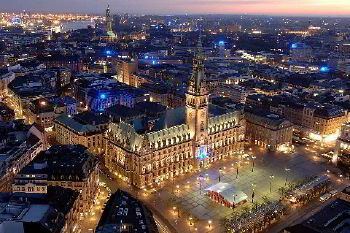 Coach hire in Hamburg with chauffeur photo city 2