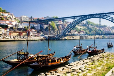 Coach hire in Porto with chauffeur photo city 14