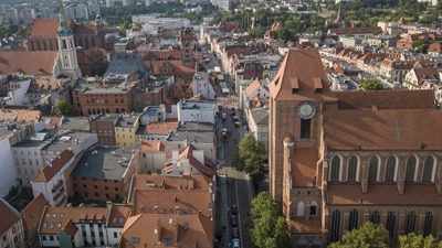 Car hire with chauffeur in Torun photo city 14