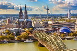 Rent a car with driver in Cologne photo city 78
