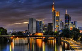 Minibus hire in Frankfurt with chauffeur photo city 52
