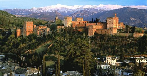Rent a car with driver in Granada photo city 2