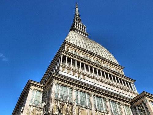 Rent a van in Turin with driver photo city 22
