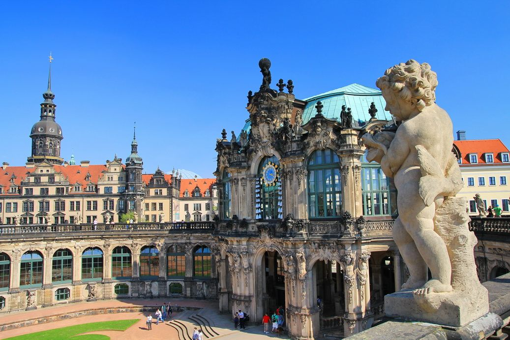 Rent a bus in Dresden photo city 2