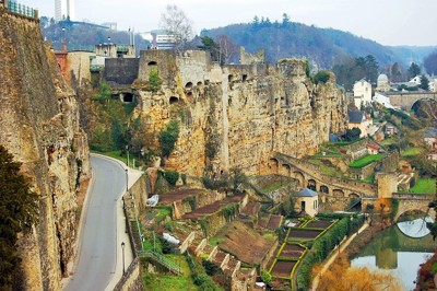Rent a minibus in Luxembourg with chauffeur photo city 1
