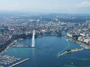 Rent a minibus with driver in Geneva photo city 1