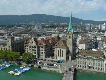 Rent a car with driver in Zurich photo city 1