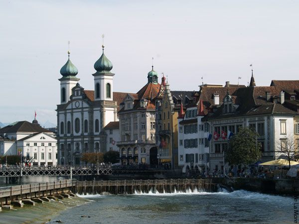 Rent a car with driver in Lucerne photo city 1